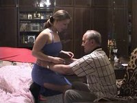 Vnučka navštíví dědu
