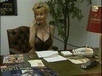 Sexuální terapeutka Dolly Buster