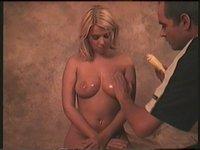 Naolejovaná prsa