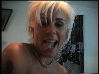 Chlípná blondýna Brigita