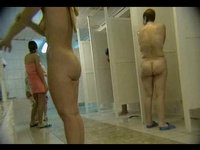 Skrytá kamera v dámských sprchách