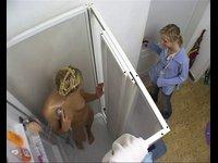 Skrytá kamera ve sprše