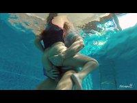 relax v bazenku